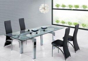 Een nieuwe eettafel en stoelen kiezen klus uw hulp voor klussen en tuinieren - Glazen tafel gesmeed ijzer en stoelen ...