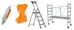 Gereedschap en hulpmiddelen om te behangen, behang aanbrengen
