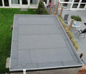Plat dak opnieuw bedekken