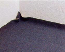 Zelf tapijt leggen, het tapijt uitleggen